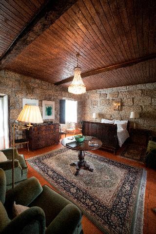 BED AND BREAKFAST 3* Hotel Casa Do Ribeiro :: in Braga Porto and ...