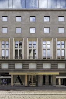 Armani Hotel Milano, Via Manzoni 31 Milan 20121…
