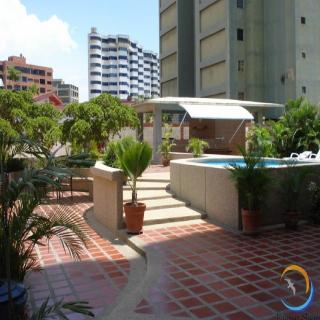 Miramar Suites, Urb Playa Grande.entre Avenida…