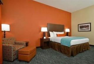 Best Western Plus Longhorn Inn & Suites