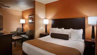 Best Western Plus Vermilion River Suites Hot