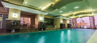 Regency Grand Suites - Pool