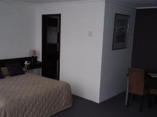 Westcoaster Motel, Batchelor Street,