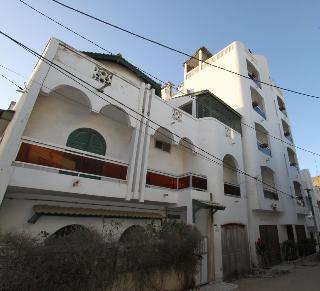 Residence Kakatar, Villa - Yoff Apecsy,448