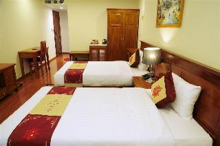 Silk Queen Hotel, Hang Gai Str,100