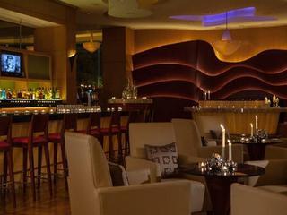 Renaissance Suzhou Hotel, 229 Suzhou Avenue West,