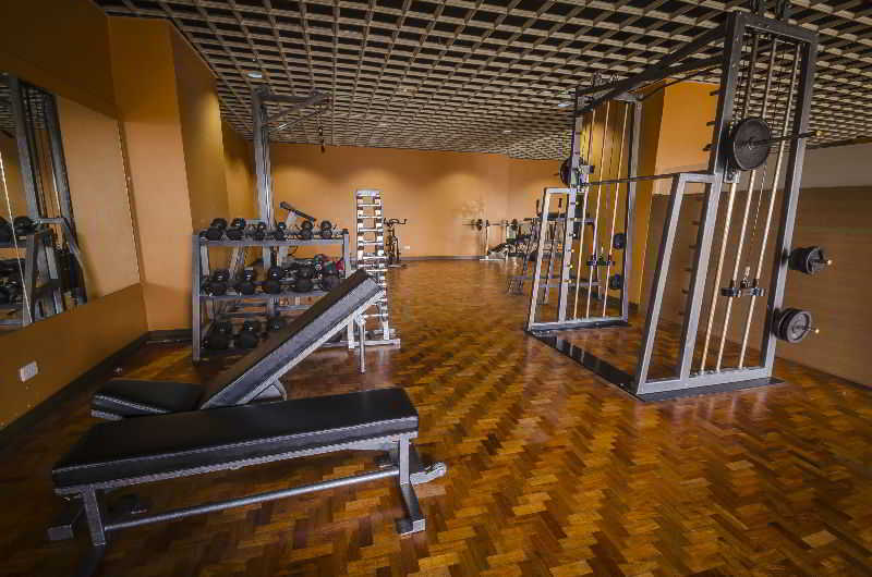 Shaw Residenza Suites - Sport