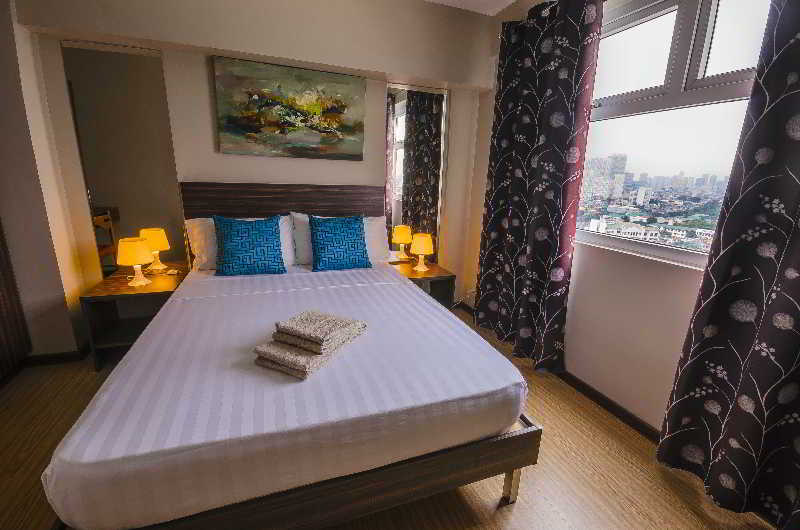 Shaw Residenza Suites - Zimmer