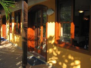 La Brise Hotel, Alberto Gabbay,s/n