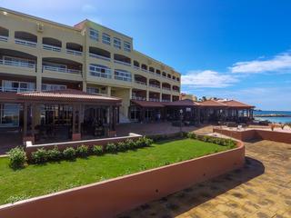 Simpson Bay Beach Resort…, Billy Folly Road,37
