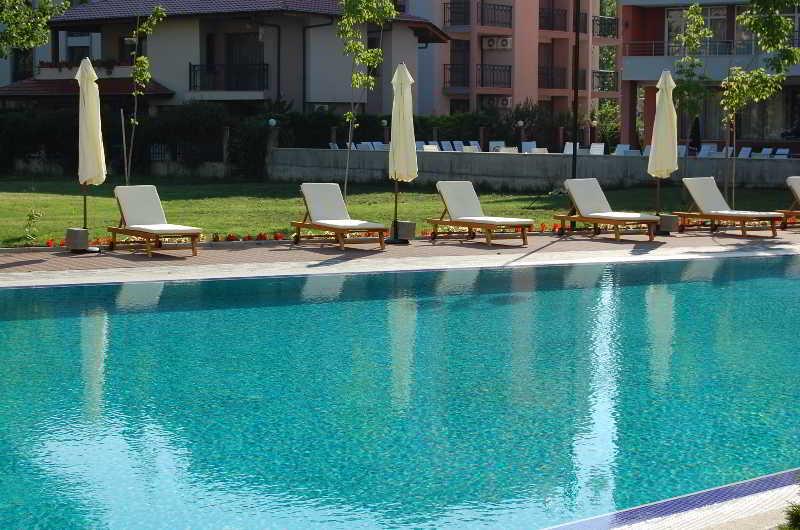 Boomerang Apartments - Pool