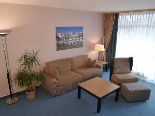 Essen City Suites, Thea-leymann-str,15