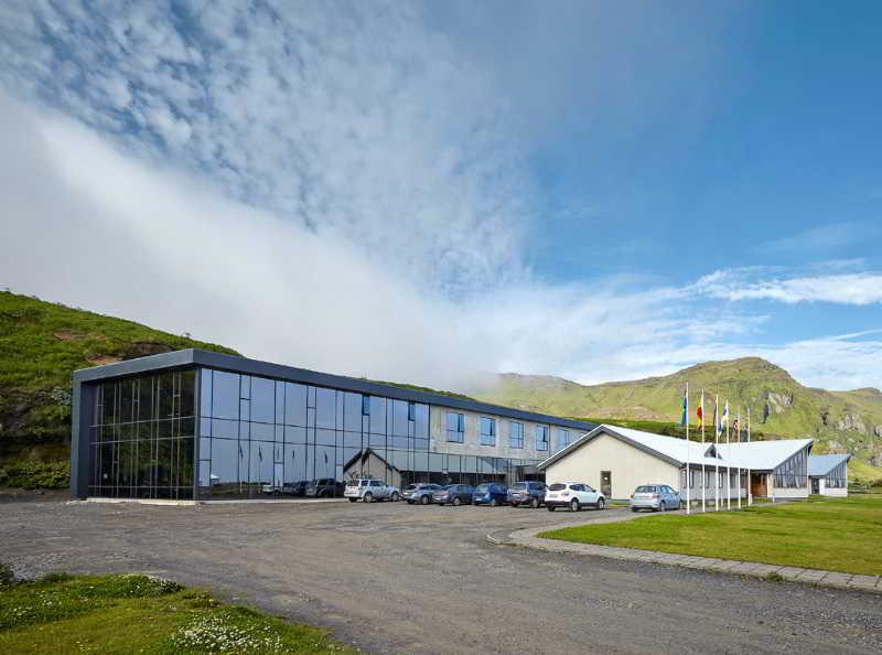 Icelandair Vík, Klettsvegi,1-5