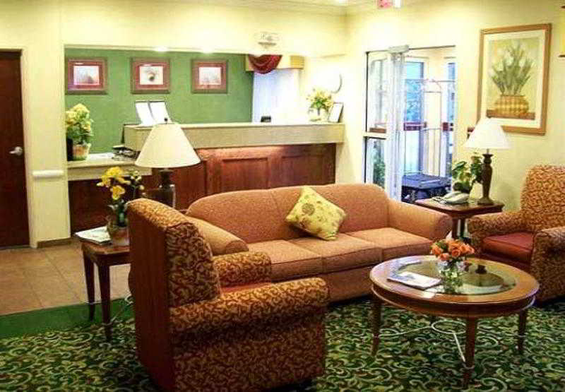 Fairfield Inn and Suites by Marriott Dallas Park C