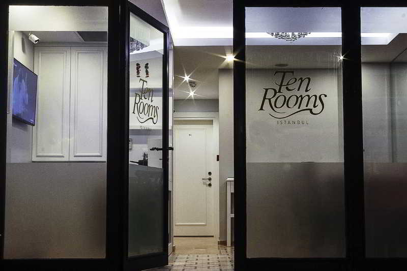 Ten Rooms Hotel