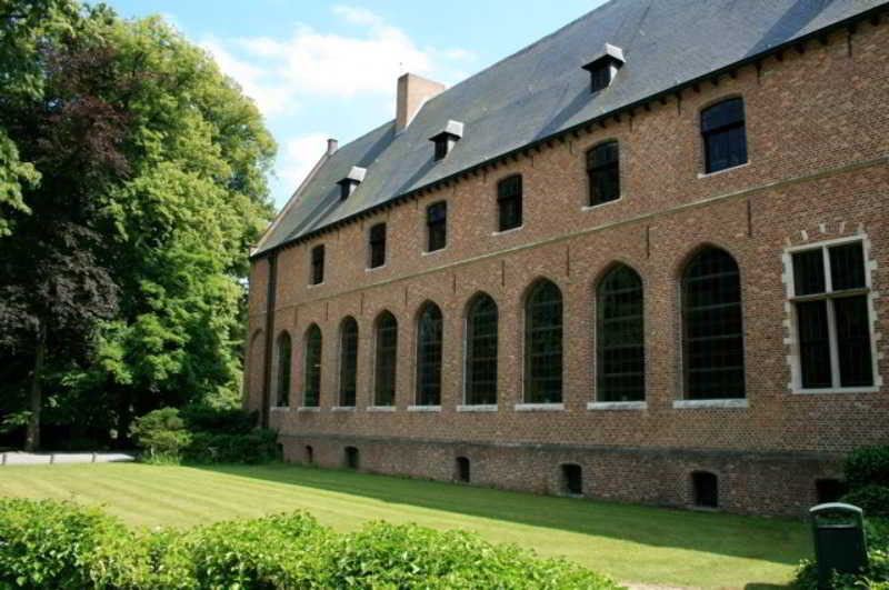 Priorij Corsendonk - Generell