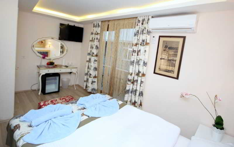 Old City Apart Hotel