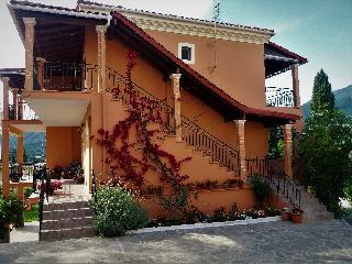 Sejur Ziogas Luxury Apartment's