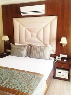 Akkan Luxury Hotel