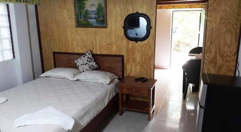 Angula Place - Zimmer