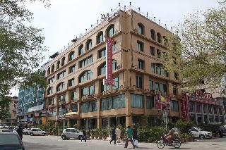 Envoy Continental Hotel, 111 East Fazal E Haq Road.,