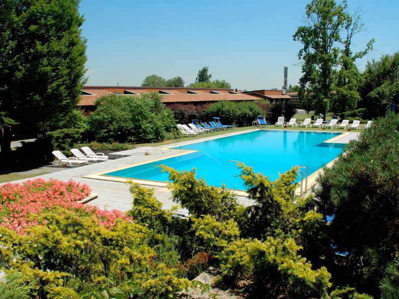 Golf Hotel, Via Manzoni,45