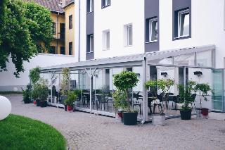 Maverick City Lodge, 1075, Budapest, Kazinczy…