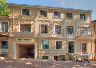 Premier Geneva Hotel, Evreiska,32