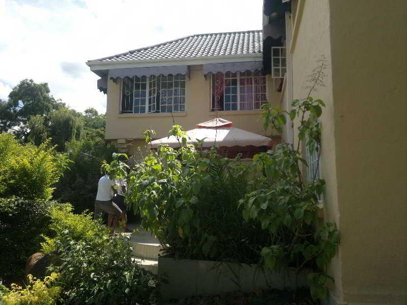 Bulawayo Continental…, Forrester Cresent / Gardener…