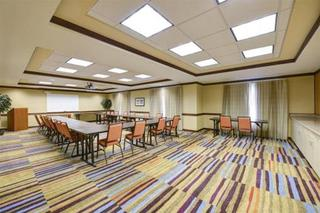 Fairfield Inn & Suites By Marriott Robins