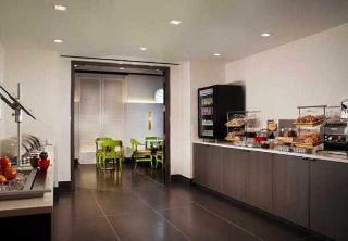 Residence Inn by Marriott New York Manhattan/World