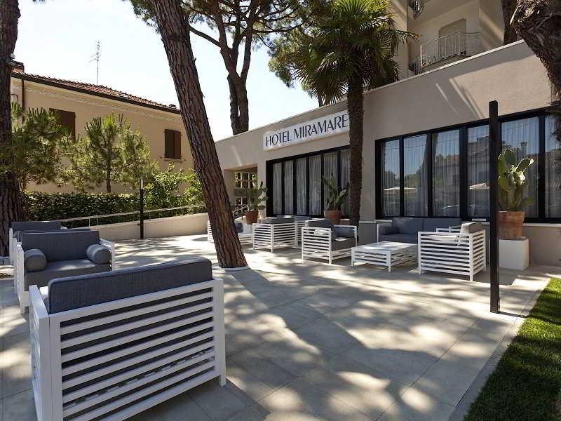 Hotel Miramare, Via Miramare,9