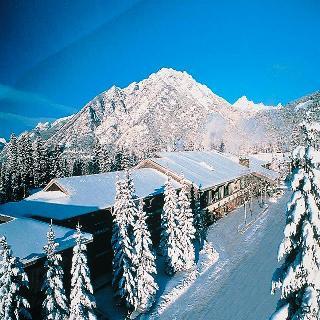 Banff Park Lodge Resort