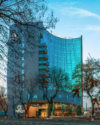 DoubleTree by Hilton…, Grigor Lusavorich Str. 4/2,4/2