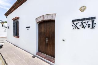 Casas Del XVI, Padre Billini,252