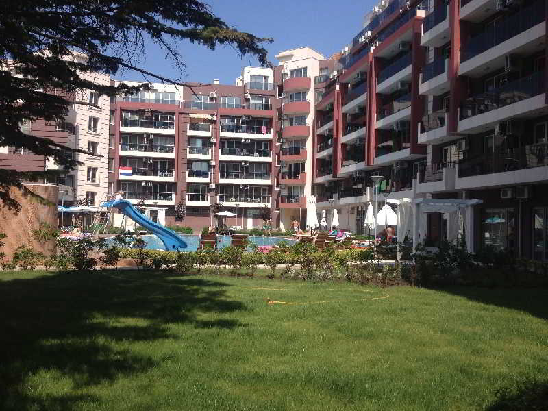 Persey Admiral Plaza Apartments - Generell