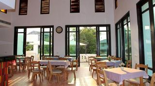 Baan Nan Hotel, Nhor-kam Rd., Tambol Nai-wiang,…