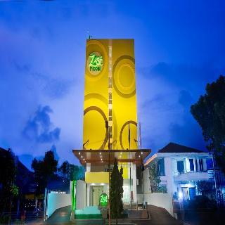 Zest Hotel Bogor, Jl. Pajajaran, Babakan, Bogor…