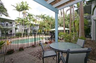 Coral Beach Resort, 12 Robert Street,