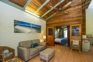 Island Leisure Resort, 6 Kelly Street, Nelly Bay,