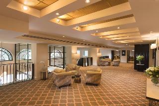 Mayfair Hotel Adelaide, 45 King William Street,