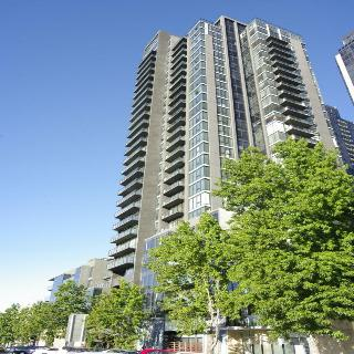 Melbourne Short Stay…, City Road,241