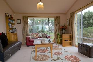 Riversdale Estate Cottages, 222 Denholms Road,