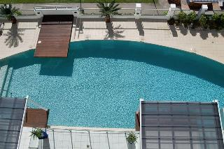Waters Edge Apartments, 155 The Esplanade,
