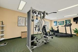 Baymont Inn & Suites Warner Robins