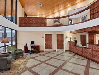 Baymont Inn & Suites Elkhart