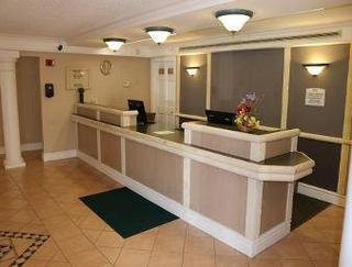 Baymont Inn & Suites Hazelwood St. Louis Airport