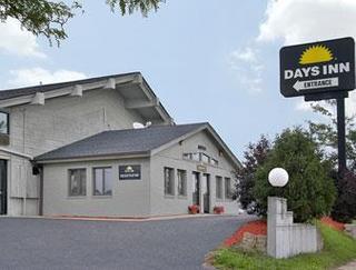 Days Inn West Allis/Milwaukee