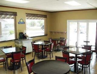 Days Inn San Antonio Splashtown/ATT Center