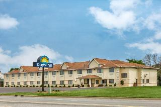 Days Inn & Suites by…, 1598 Mall Drive, ,